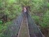 Walken über die Hängebrücke
